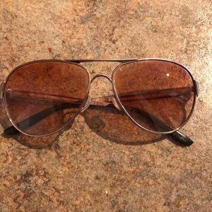Oakley aviator sunglasses - rose gold